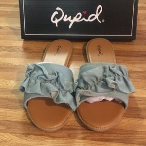 Brand New Qupid Sandals! Great for Summer!!